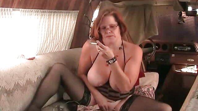 ハゲと太った赤い癌の秘書,彼のように若い倍肥育,サロンと彼女のお尻に彼女の銃口を押し出します レズビアン av 無料