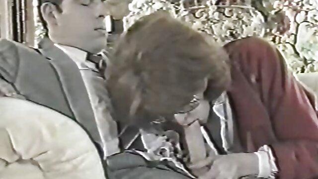 30歳未満の肝臓の大きさは、かろうじて厚い頭を吸う エロ レズビアン 動画