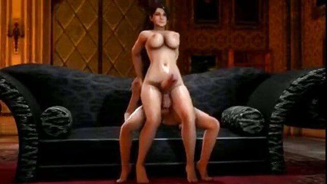描かれたブラウスで、ズボンなしで木の下に立ち往生し、gobynyaクジラに目立つ レズビアン セックス 無料 動画
