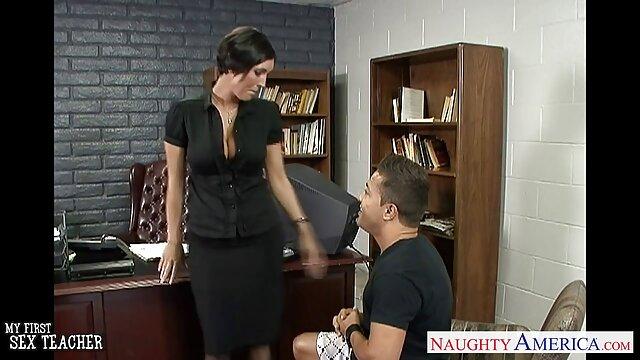 アルメニア人はロシアの母親に頬を与え、ウェブカメラのアリアはドローチャーチップを集めます。 セックス 動画 レズビアン