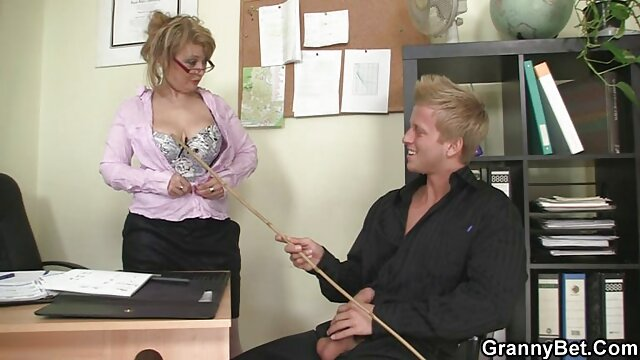 男は女性が理由のためにセクシーな下着を着ていることを認識し、彼からあなたを彼に連れて行きます、それは犬が猫に新しい感覚と新鮮な巨根を持っていることを望んでいるようです。 レズビアン 無料 サンプル 動画