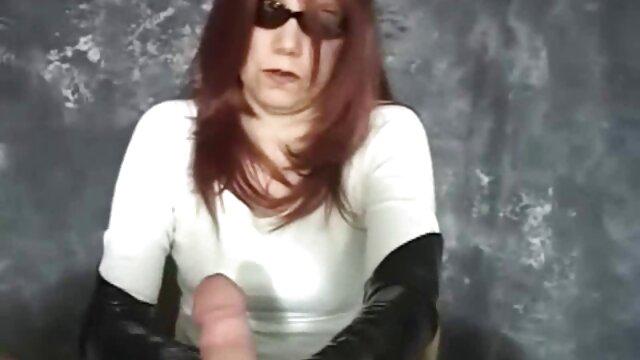最後に、Aria 熟女 の レズビアン 動画 Starkは肛門を通してセックスをすることに決め、彼の前で私は完全に裸のピンクのセックスのおもちゃで彼女のタイトなお尻とペアを開発し、男のペニスの上に登り、彼のセックスを制御しました。